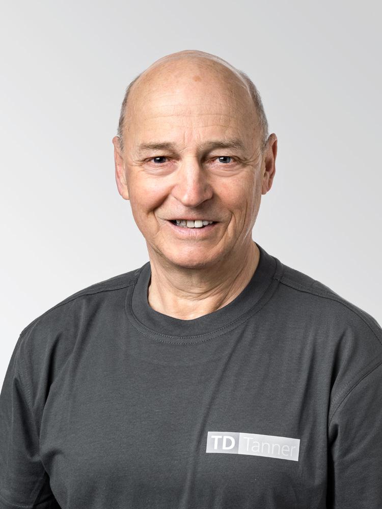 In der Firma TD Tanner unterstützt Walter Kuhn das Team als Allrounder.